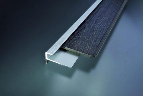 Schodový profil vŕtaný 30x17 mm. hrúbka 7 mm